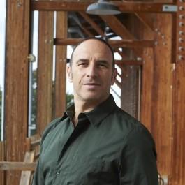 Portrait Yuval Pick. Photo Sébastien Erome